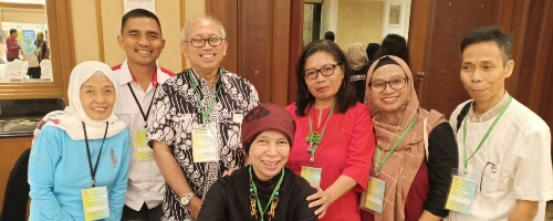 Prof Dr dr Zainal Muttaqin ketiga dari kiri