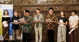Farewell Party untuk Siswa-Siswi Asing dari 7 Negara
