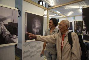 Pameran foto dari 4 fotografer muda yang kece: Adrian Mulya, Agoes Rudianto, Ramjaneo C. Pasopati, Sigit D. Pratama yang bercerita tentang mbah Sarjilah, penyintas 65 di Yogya yang didampingi Indonesia untuk Kemanusiaan (IKa) dan Program Peduli
