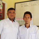 Tomi dan Darmawan Petugas PPS Desa Makrampai Kabupaten Sambas