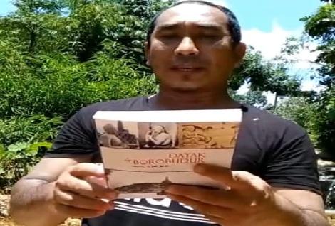 Dayak in Borobudur